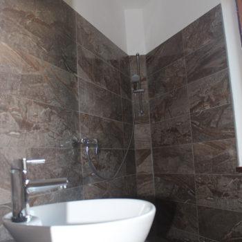 8 d Stockholm Elegance Bathroom