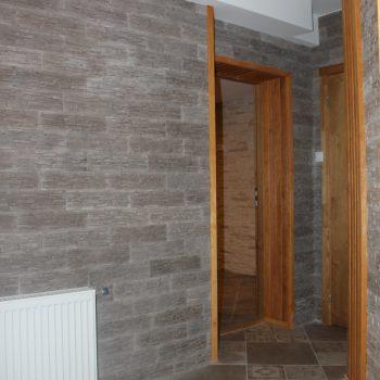 Sauna lounge entry
